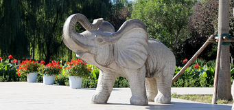 Skulpturen von Elefanten, in Peking-Zoo, Peking, China Lizenzfreies Stockbild