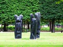 Skulpturer i den Tuileries trädgården, Paris, Frankrike Royaltyfri Fotografi