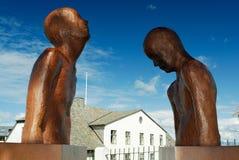 Skulpturer i Reykjavik, Island fotografering för bildbyråer