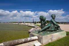 Skulpturer i trädgård av den Versailles slotten Arkivfoton