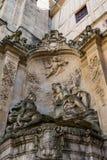 Skulpturer på det astronomiska klockatornet för Gros Horloge i Rouen, Normandie royaltyfria foton