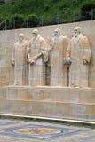 Skulpturer på Reformationväggen i Parc Des-bastioner, Genève, Swi royaltyfri foto
