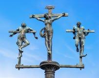 Skulpturkorsfästelse av Jesus Christ, INRI Arkivfoto
