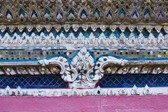 Skulpturmodell i vägg av Wat Arun Fotografering för Bildbyråer