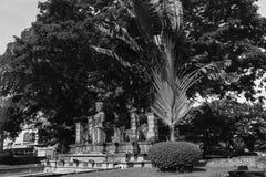 Skulpturreplik in Chaiya-Markt lizenzfreie stockfotografie