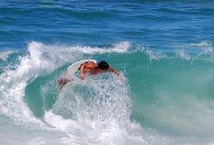 Skumma boarderen på bäckgatastranden, Laguna Beach, Fotografering för Bildbyråer