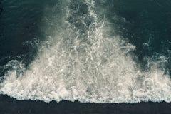 Skumma vatten i floden Fotografering för Bildbyråer