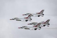 Skvadron för U.S.A.F.-luftdemonstration Royaltyfria Bilder