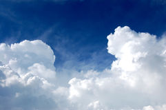 Free Sky And Clouds Stock Photography - 1125772