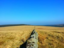 Sky& azul x27 de Dartmoor; s Imagens de Stock