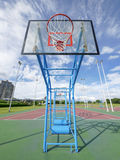 Sky and basketball court Royalty Free Stock Photos