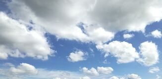Free Sky Blue In Summer Clouds White Stock Photography - 180014752