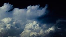 Sky, Cloud, Cumulus, Daytime