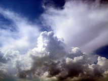 sky för 27 oklarheter Arkivfoton