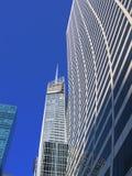 sky för byggnadsnycscrapper Royaltyfri Fotografi