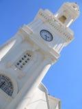 sky för grek för bakgrundsklockstapelkyrka Arkivbild