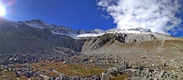 sky för panorama för filterberg orange Royaltyfri Bild