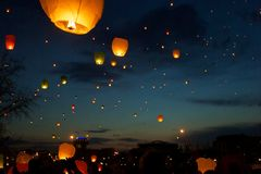 Sky lanterns fest. In Art Muzeon park in Moscow 2012 Royalty Free Stock Photo
