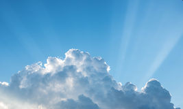 Sky. Light shines through the clouds Royalty Free Stock Photography
