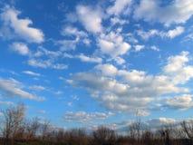 sky molnig sky Arkivbild