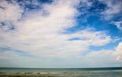 Sky och hav royaltyfri foto