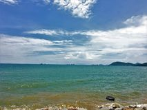 Sky&Sea Słońce wzrasta pięknego seascape krajobraz piękny morze obrazy royalty free