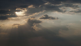 Sky with storm clouds. Illuminated by the sun Royalty Free Stock Photos