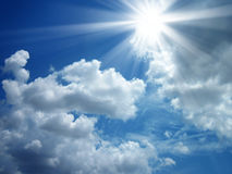 Sky and the sun shining Royalty Free Stock Images