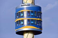 Sky Tower jest głównym ikoną Seaworld park tematyczny fotografia stock