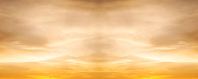 Free Sky With Cloud Storm And Color Of The Sunset Royalty Free Stock Image - 72315086