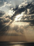 Skyblast垂直 免版税库存图片