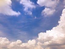 Skyblue, wolken Stock Afbeelding