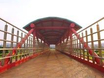 Skybridge en stationnement image libre de droits