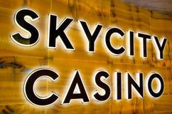 SKYCITY赌博娱乐场标志 免版税库存照片