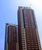 Skycrapers residenciais gêmeos Foto de Stock Royalty Free