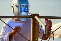 skyddad svetsning för båge metall Royaltyfri Fotografi