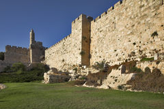 skyddande vägg Arkivfoto