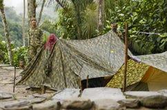 skyddar colombiansk farc för armén turister Royaltyfri Fotografi