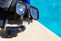 Skyddsglasögon och fena Fotografering för Bildbyråer