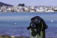Skyddsglasögon och snorkel för att dyka Royaltyfri Foto