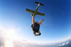 Skydive achter elkaar stock foto's