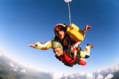 Skydive em tandem Imagem de Stock