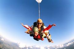 Skydive en tándem imagen de archivo libre de regalías