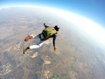 Skydiver en la acción imagen de archivo libre de regalías