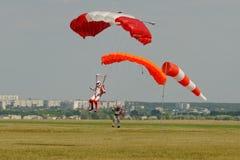 Skydiver lądujący po skoku Obrazy Royalty Free