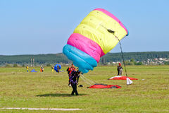 Skydiver landed after the jump Royalty Free Stock Images