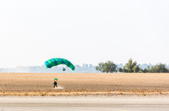 Skydiver landed safely Royalty Free Stock Photos