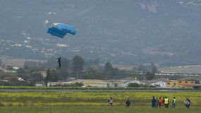 Skydiver landing Royalty Free Stock Images