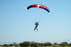skydiving royaltyfria foton