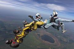 Skydiving foto. fotografering för bildbyråer